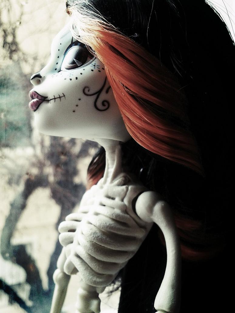 Bones by Murasakiro-Okami
