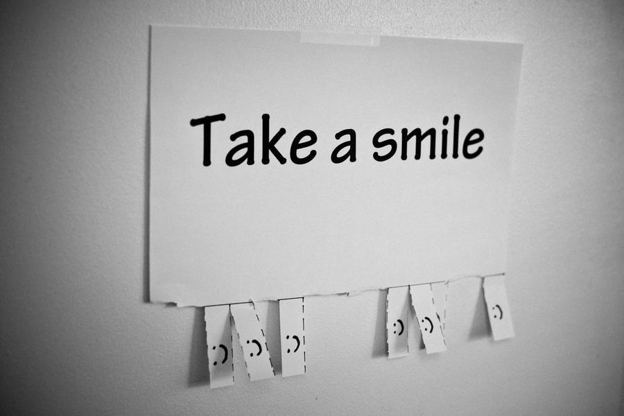 Take a smile by Sportfreak5