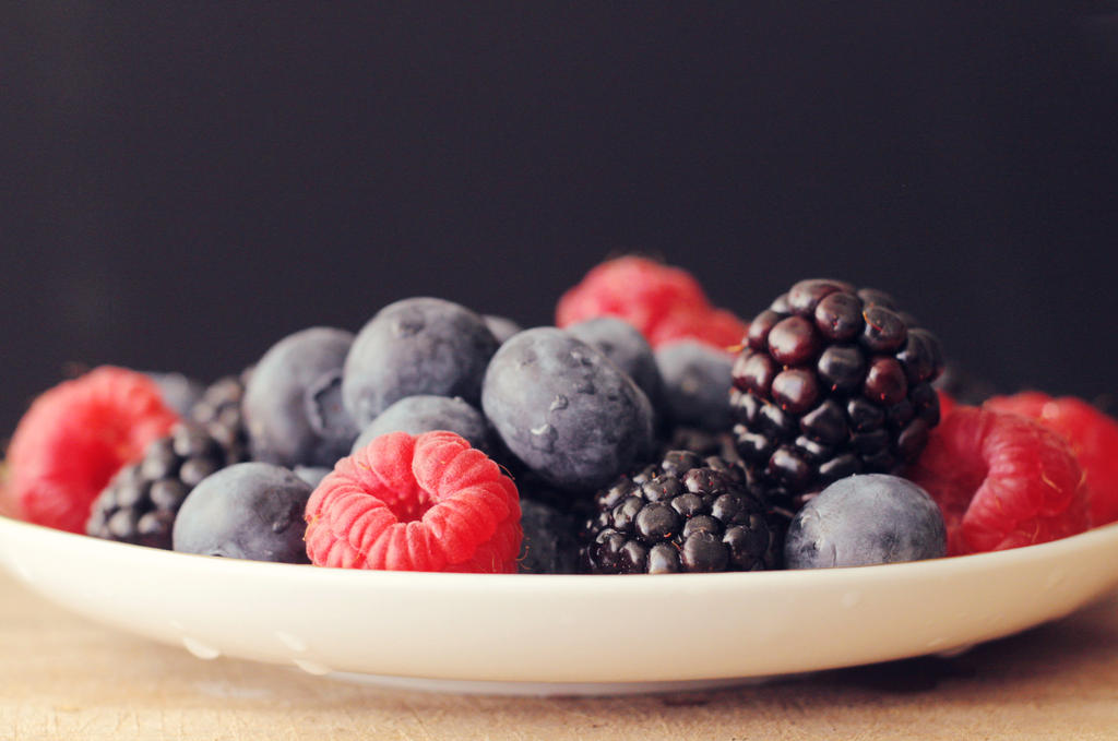 Bowl of berries by VinaApsara