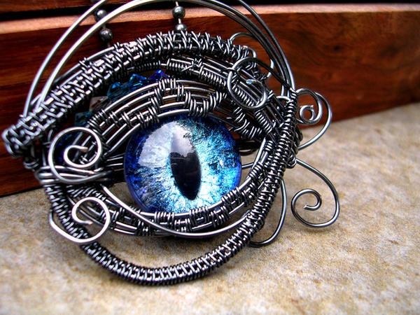 Wire Wrap - Eye Blue Violet Pendant Super Shift 1