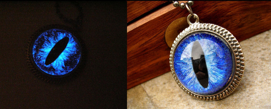 Round Simple Blue Bright Glow Dragon Eye Sky Ocean by LadyPirotessa