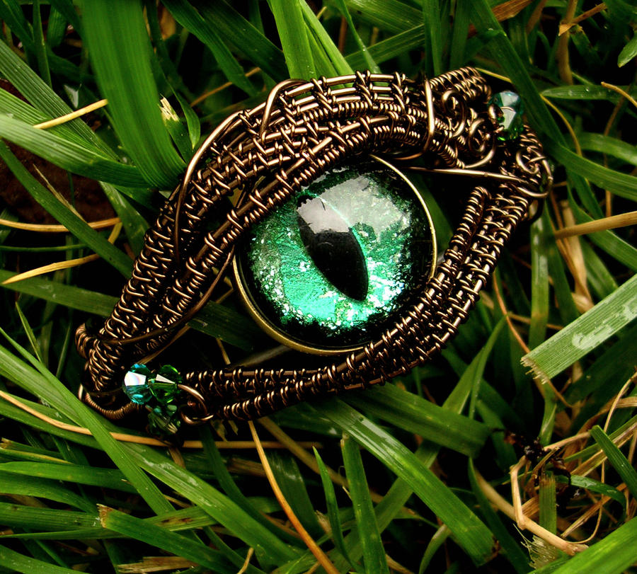 Forest Green Dragon Eye Bracelet - Nazar Cuff by LadyPirotessa