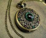 Green Purple - Regal Dragon Eye Watch - Colorshift