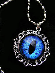 Dream Pendant - Water Sky Dragon eye Colorshifting by LadyPirotessa