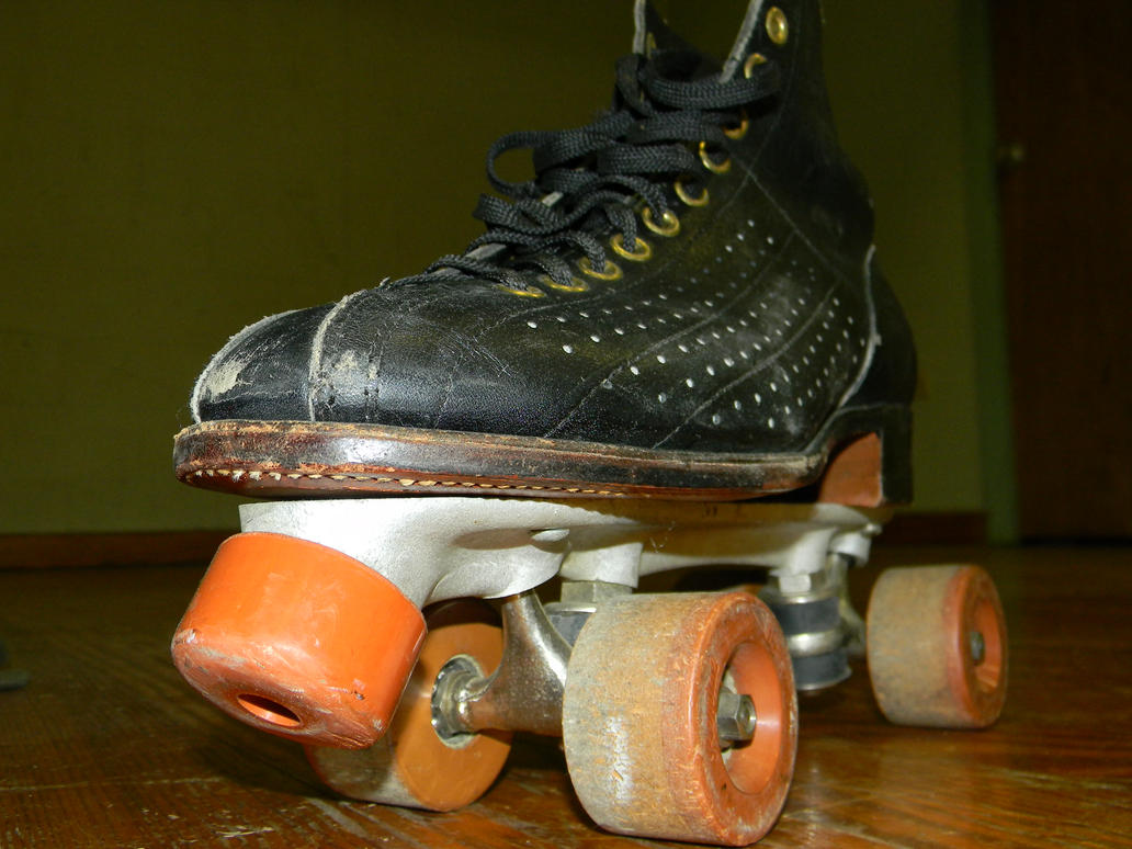 Vintage Roller Skate by Kosmic-Stardust