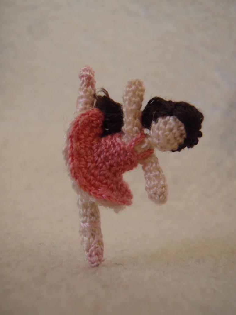 Crochet Amigurumi Legs Together : Micro Crochet Ballerina by honouraryweasley on DeviantArt