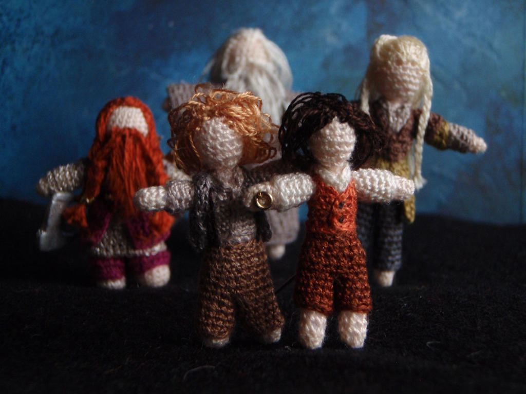 Micro-crochet Fellowship of the Ring