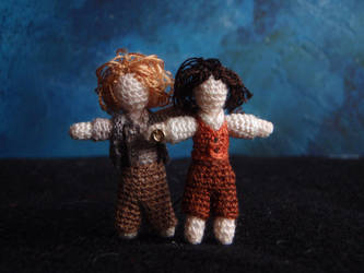 Micro-crochet Sam and Frodo