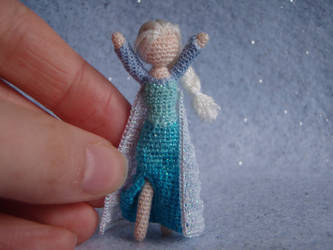 Let it Go! (scale shot)