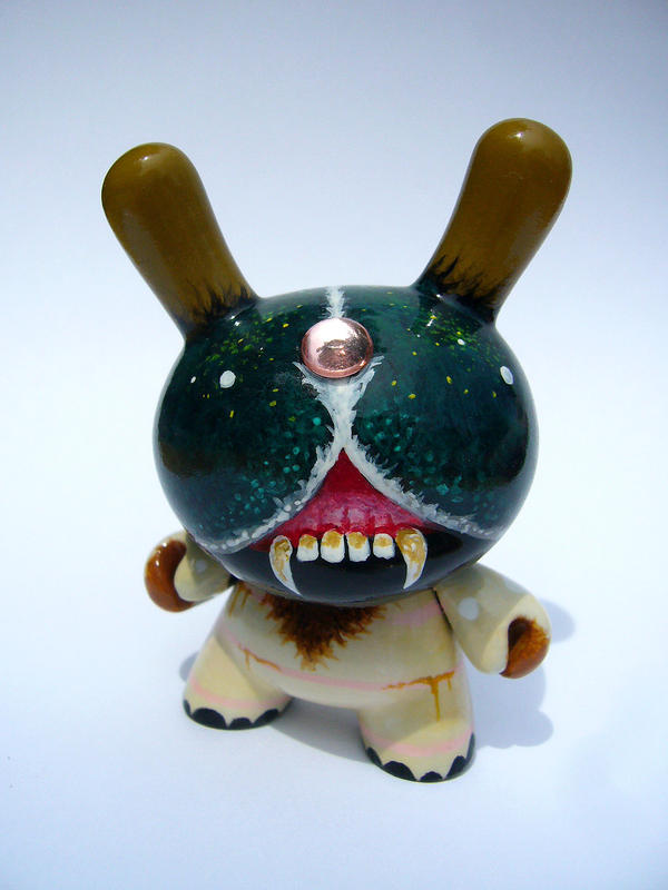 Larva - Custom Dunny by bryancollins