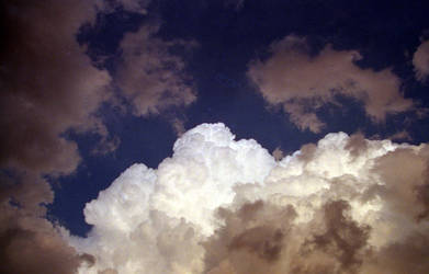 Cloud 2 by Photoninja