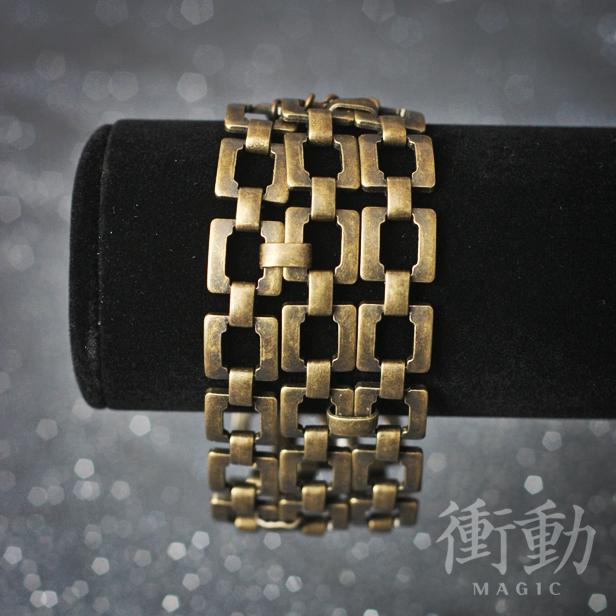 Antique Gold Link Chain Bracelet by shoudoumagic