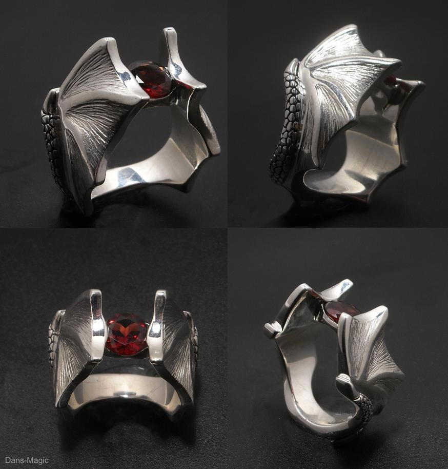 Dragon wing ring by Dans-Magic