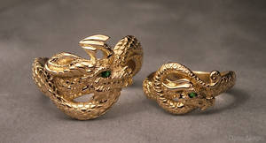Golden dragons wedding set