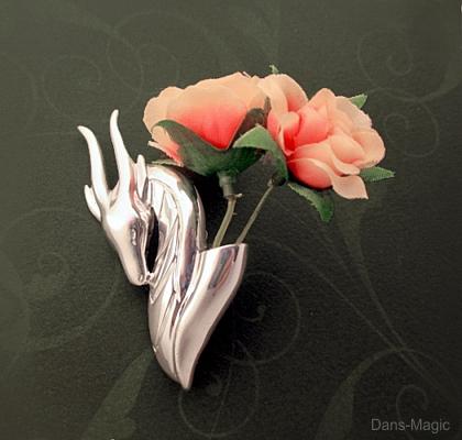 Dragon flower holder by Dans-Magic