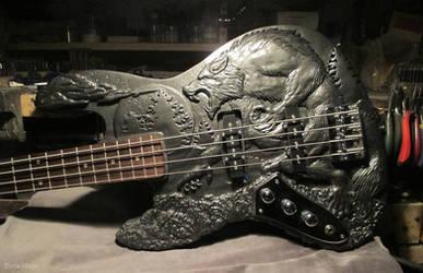 Werewolf Bass guitar - Complete - Body shot