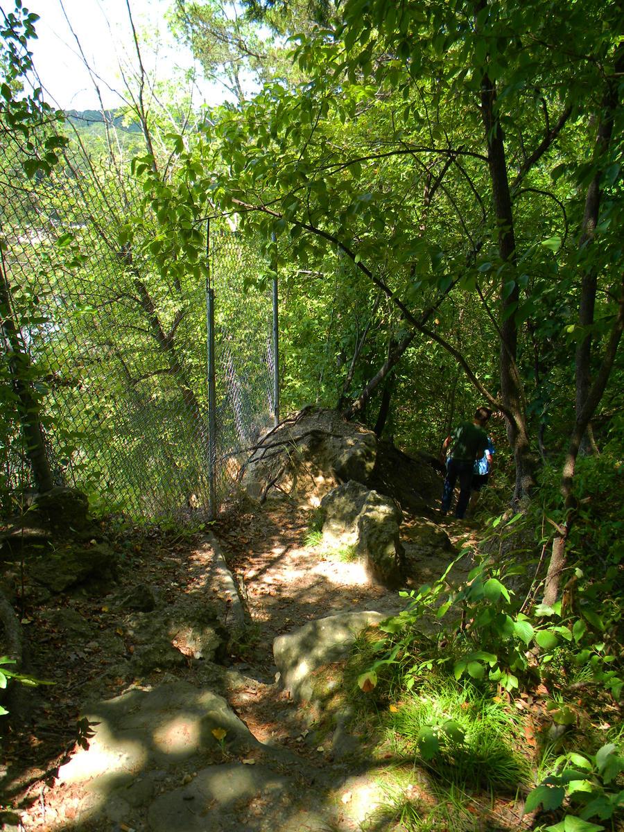 hiking by veykava