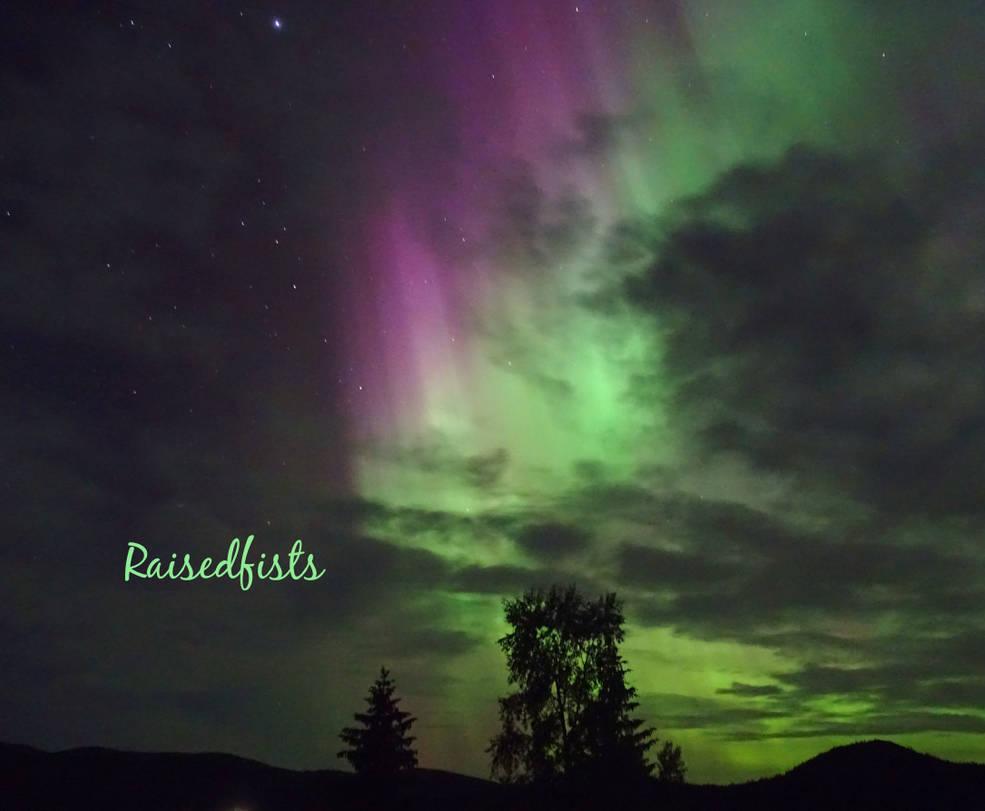 Northern Light 1 by RaisedFists