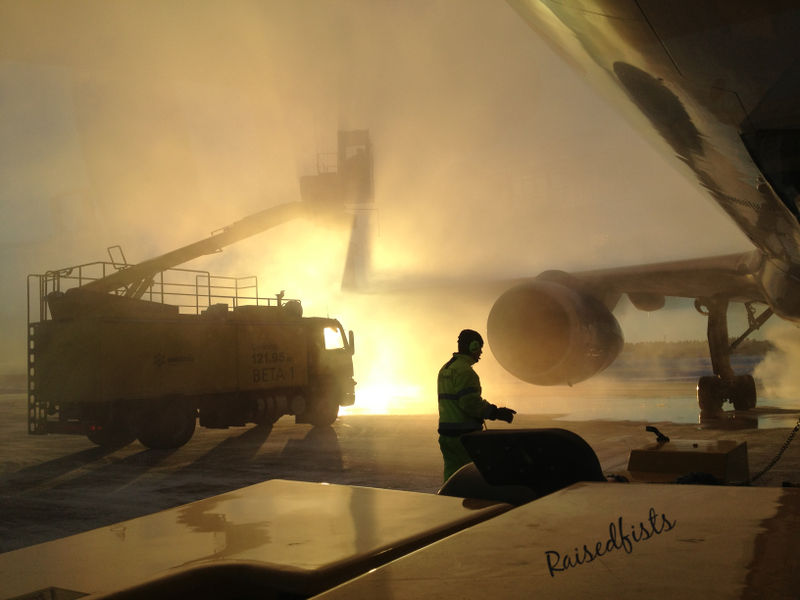 Deicing and push-back