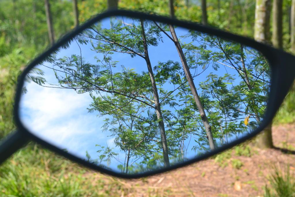 Di balik cermin by imas1607