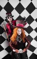 Mad Fashion by Lady-I-Hellsing