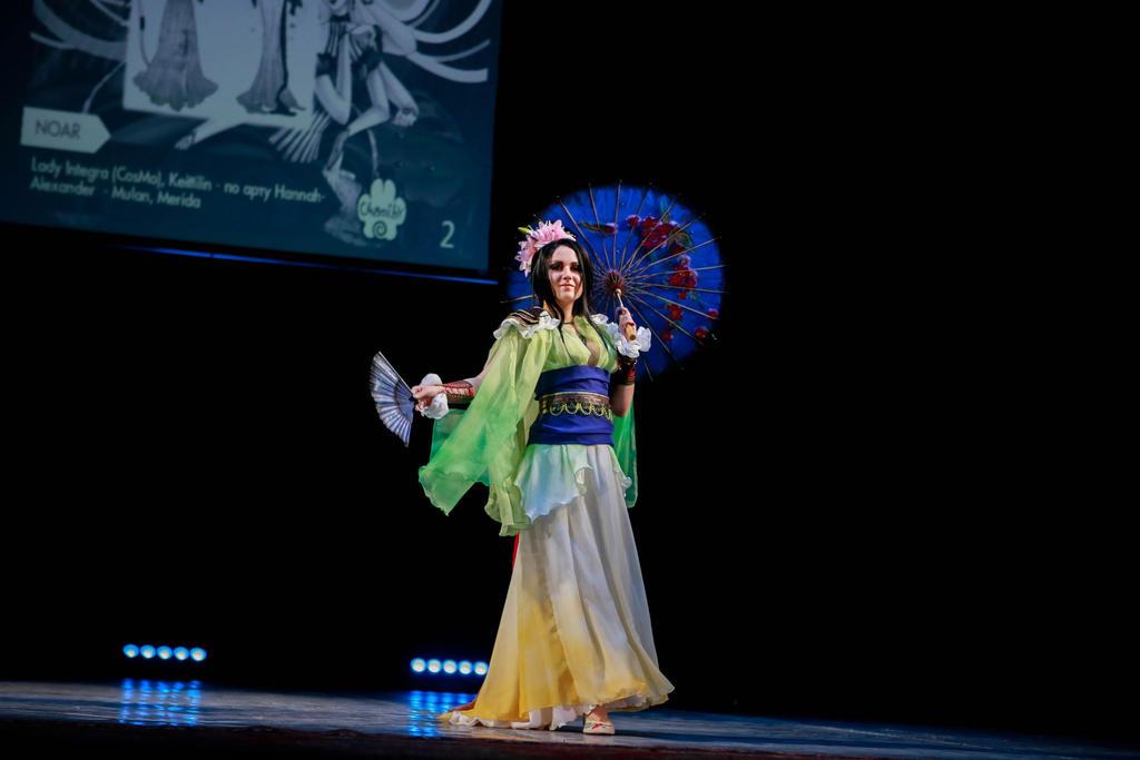 Mulan cosplay by Lady-I-Hellsing