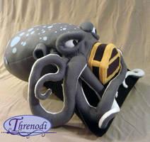 HoUWaR In the Workshop by Threnodi