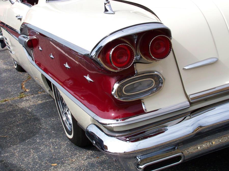 '58 Bonneville by DetroitDemigod