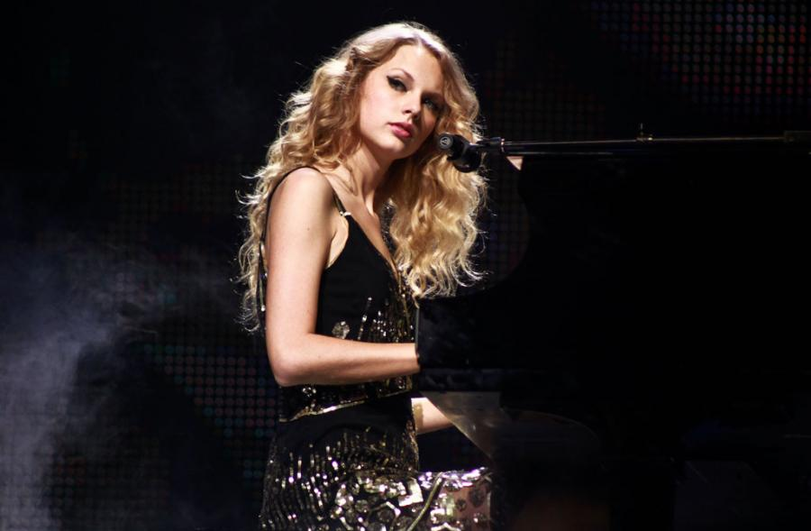 Taylor Swift Live Piano By Taylor Swift 13 On Deviantart