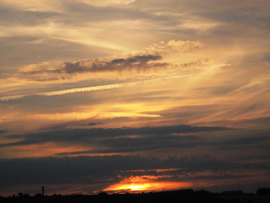 Sky_above_Prague by NexNetix