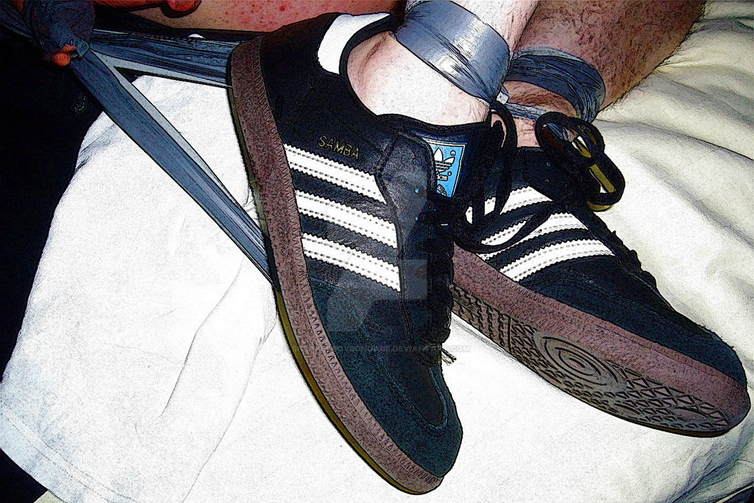 Paintingstyle: Tapetied naked feet in Adidas Samba by SneakerBoyBondage