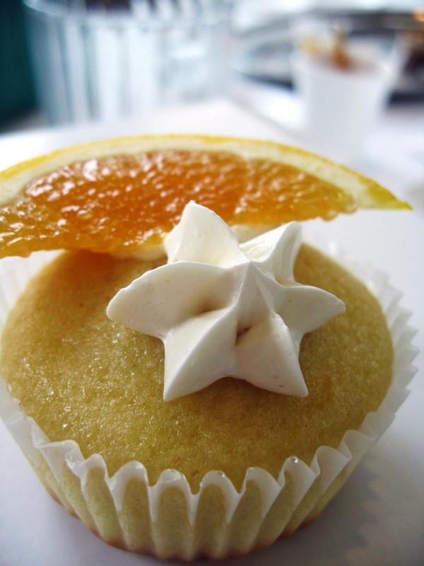 Orange Moon and Cream Star by Cevangel