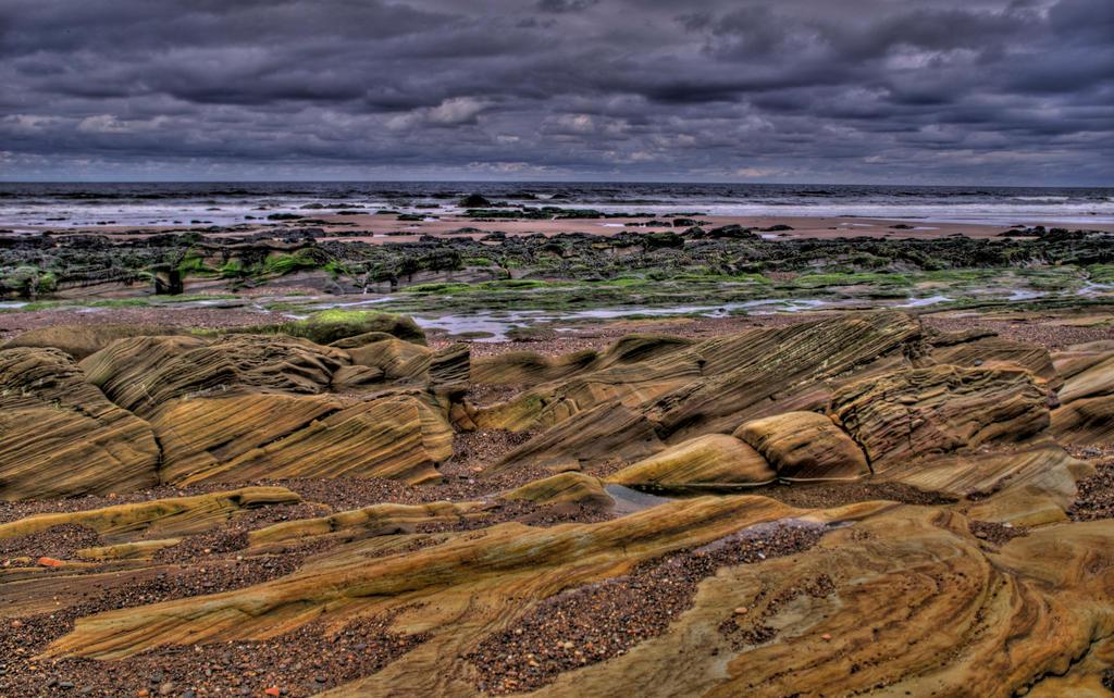 Berwick-upon-Tweed Beach IV by adischordantrhyme