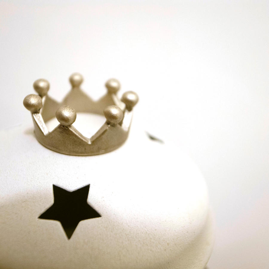 Littlepieceswithlove Champagne Gold King Crown Ring By