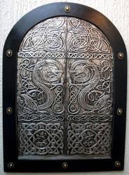 DRAGONS DOOR