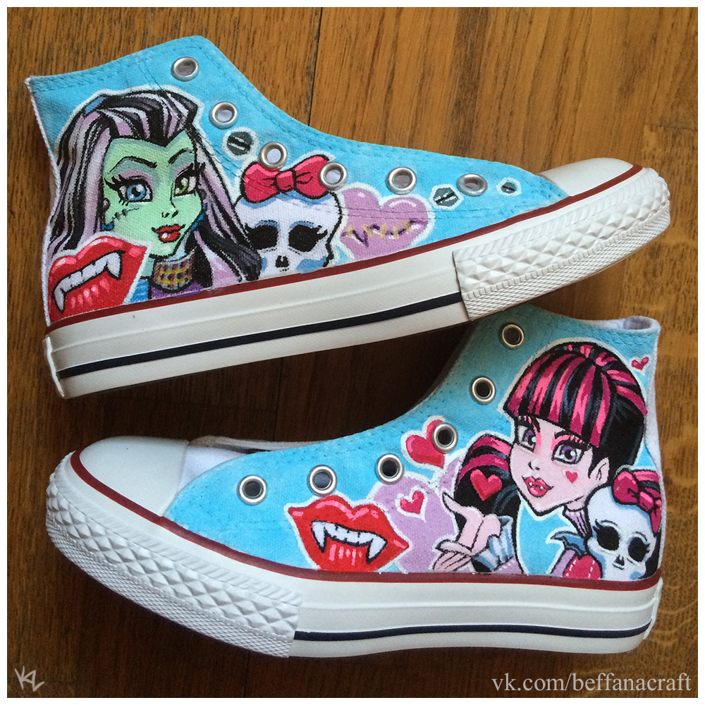 Monster High custom hand painted shoes by Beffana