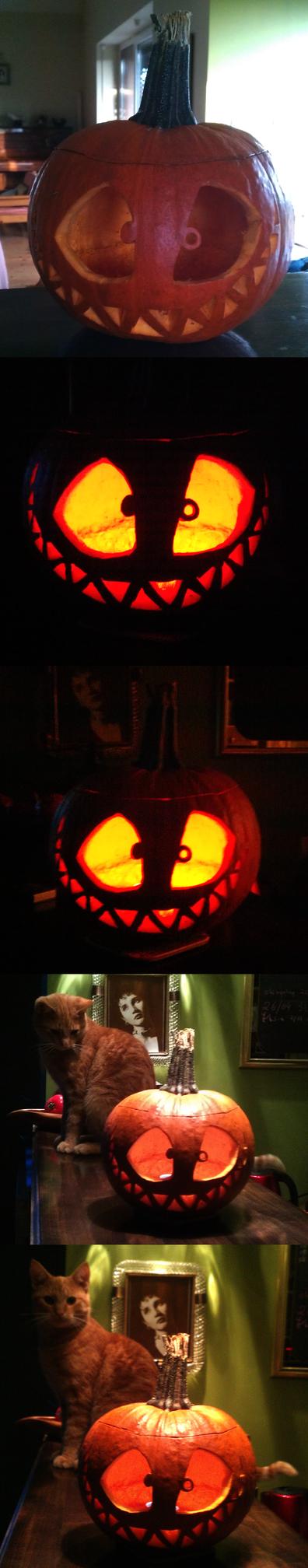 pumpkin_head_by_emily13s-d6slrfs.png