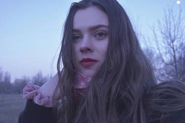 Under the moonlight by AlexandrinaAna