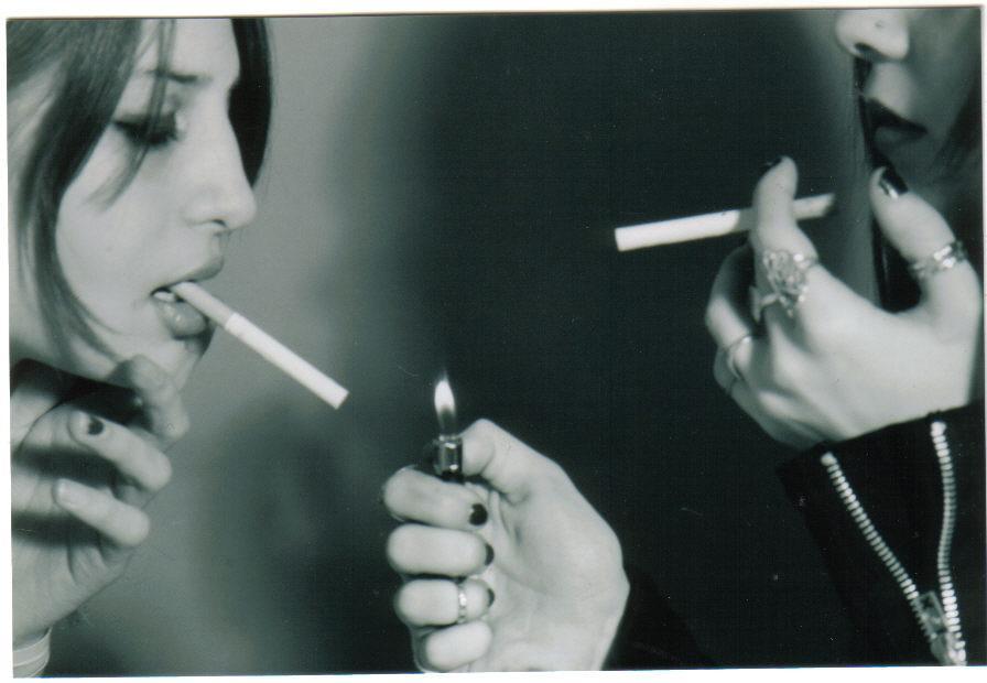 http://orig15.deviantart.net/6e4f/f/2007/073/e/0/cigarette_4_by_flawlessxuseless.jpg