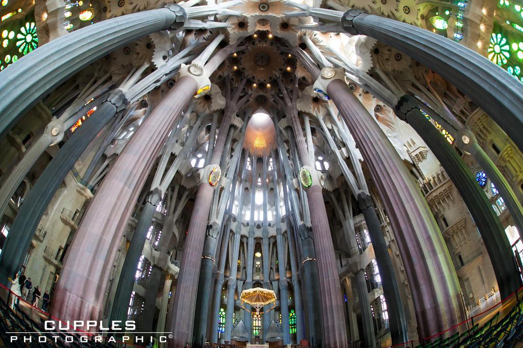 Basilica La Sagrada Familia Interior by cupplesey