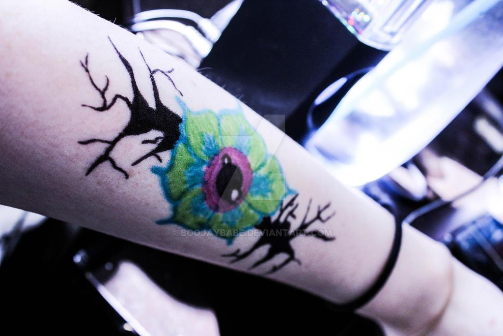Eye flower by Boojaybabe