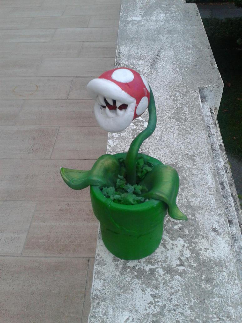 Piranha plant by Nasthale