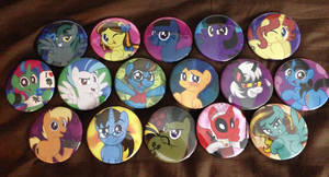 Buttons for friends at BronyCon