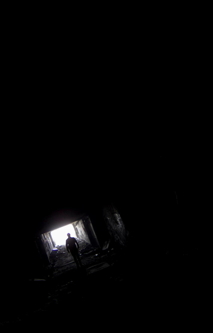Nagyvasartelep - The Tunnel by FlawlessMonkey