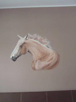 The horse's head...