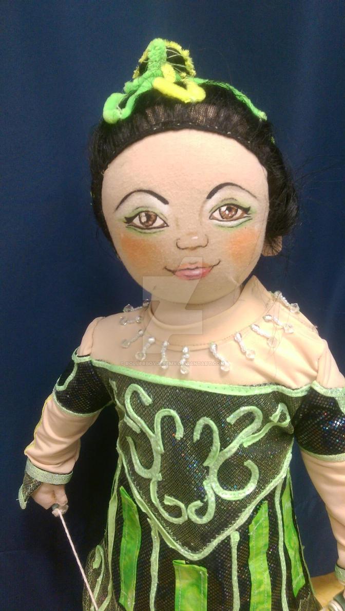 little diabolo girl la Nouba Cirque du soleil
