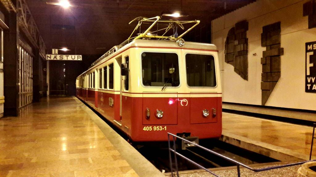 405 953-1, Gear railway of high Tatras by Trainl