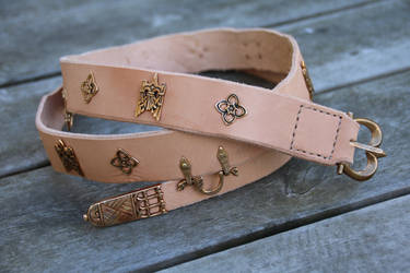 Decorated belt