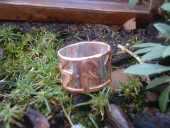 futhark ring by moonbeebz