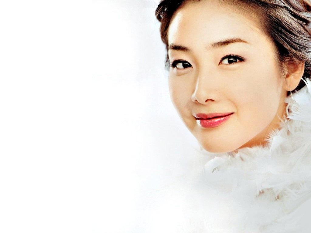 Choi Ji Woo1 by KaizenKitty